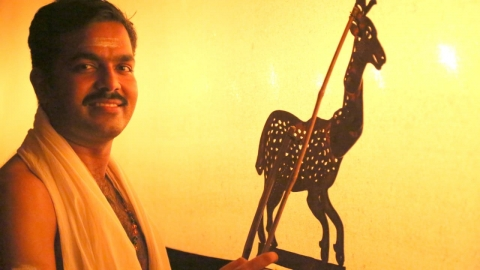 Rajeev Pulavar with a Mareecha puppet