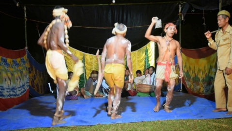 Embedded thumbnail for Bhari Gan Performance: Traditional Theatre Form of Assam