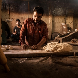 Bread making is an essential part of food culture in Srinagar. A variety of breads are made by Kandurs (bakers) using ingredients and processes shared across Pakistan, Afghanistan, Iran and Central Asian countries.