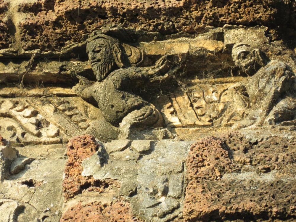 Carvings on temple wall, Dihar