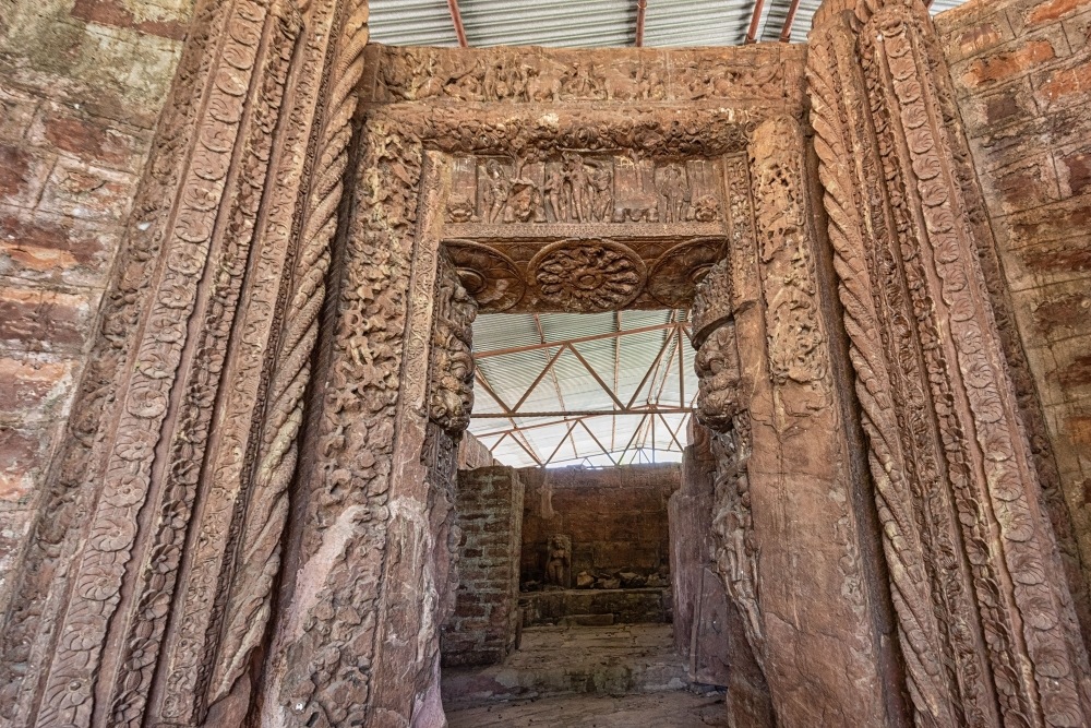 Doorjamb of the Devarani temple