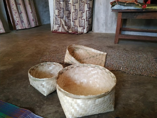 Baskets that are used by groups when they visit the houses.