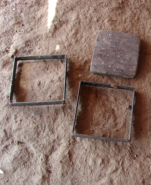 Mould used to make tamarind bricks