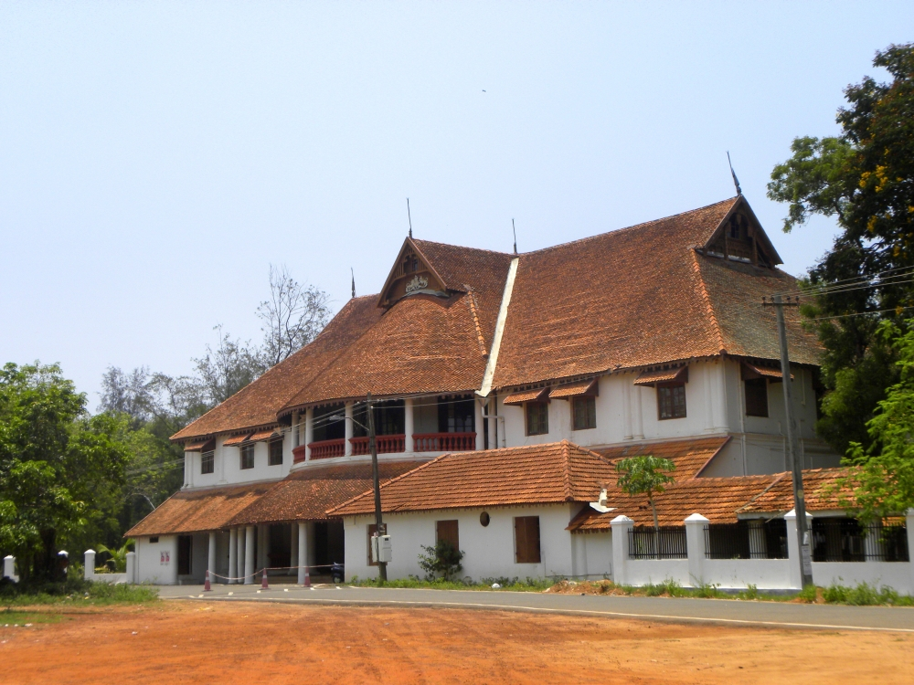 Fig. 3. A recent image of the renovated British Residency bungalow of Travancore built by Colonel Munro at Kollam where the Huzur Cutcherry (Highest administrative body) of Travancore operated from, till it was shifted to Thiruvananthapuram in 1829 (Courtesy: Wikimedia Commons, Arunvrparavur, British Residency in Kollam city)