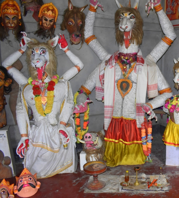 Fig 3: Lutukori mukha (left) and bor mukha (right) of Narasimha. Courtsey: Akhyai Jyoti Mahanta