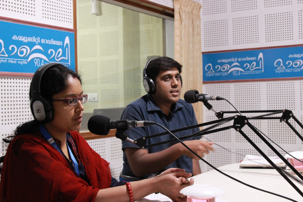 Fig. 7. A live phone-in programme with sub-collector N.S.K. Umesh at the Radio Mattoli studio. Community radio stations in India, connect trusted sources to their communities, helping people receive verified information (Courtesy: Radio Mattoli)