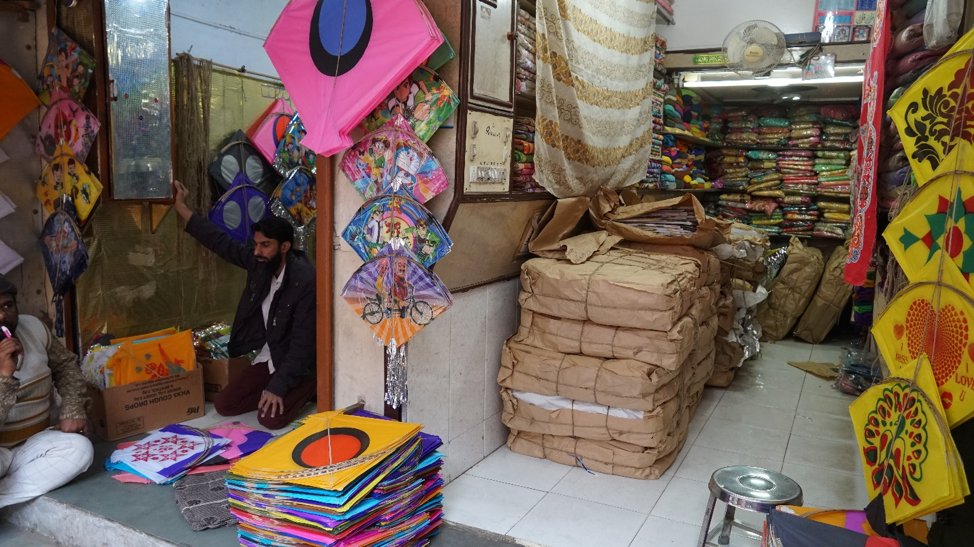 Fig. 6: A clothing store temporarily converted into a kite shop. (Courtesy: Ashna Patel)