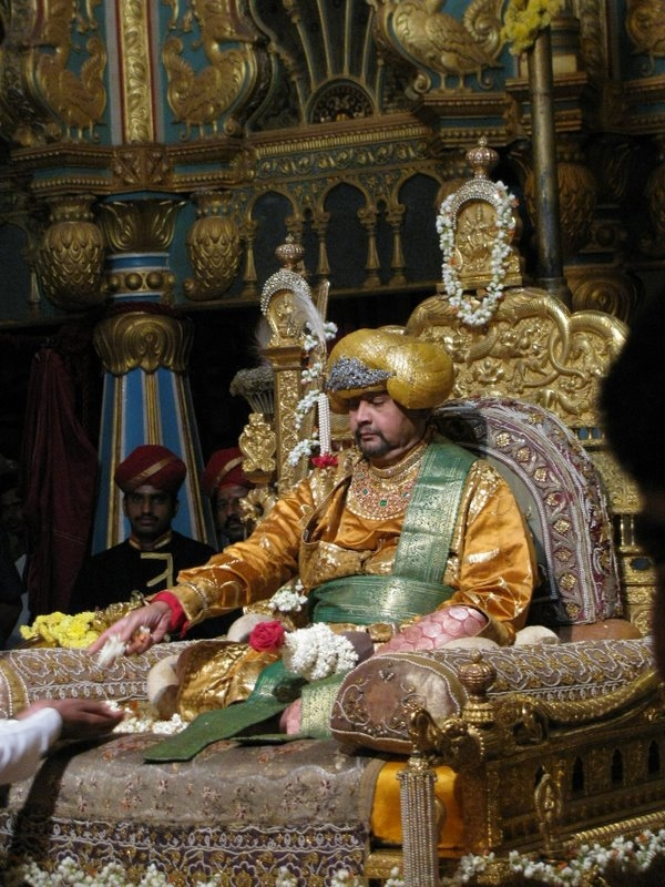 Golden Throne of Mysore, Mysore, Chinnada Simhasana, Ratna Simhasana, Thrones of India