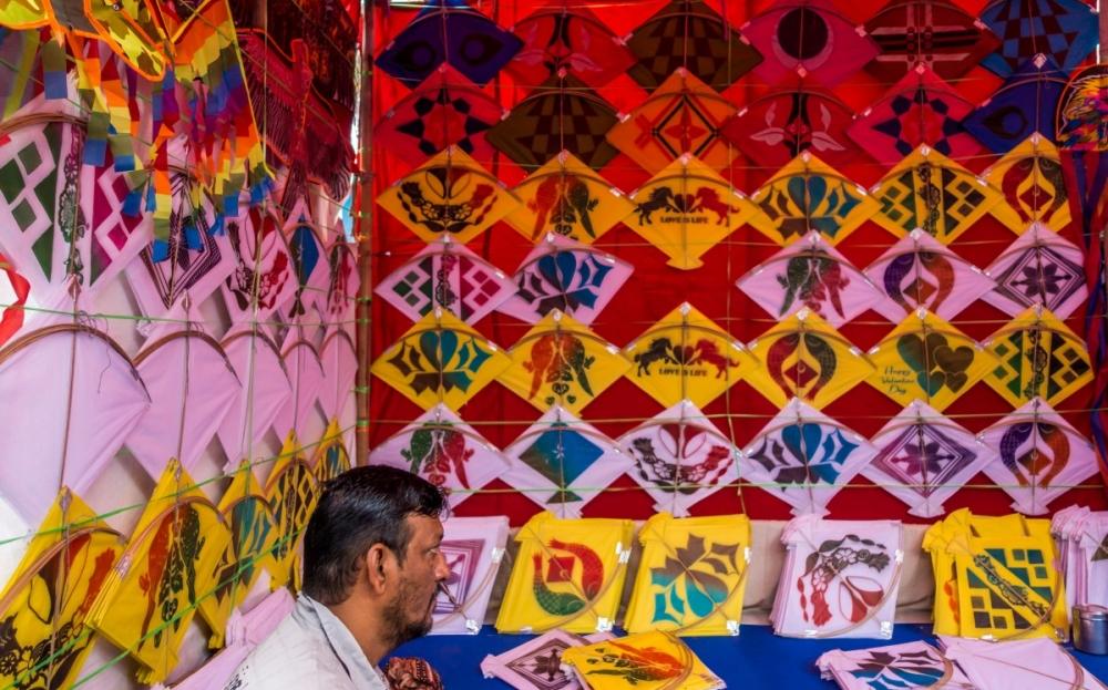 kite flying in india, makar sankranti, uttarayan, Kites for Uttarayan festival, Courtesy: pxhere dot com