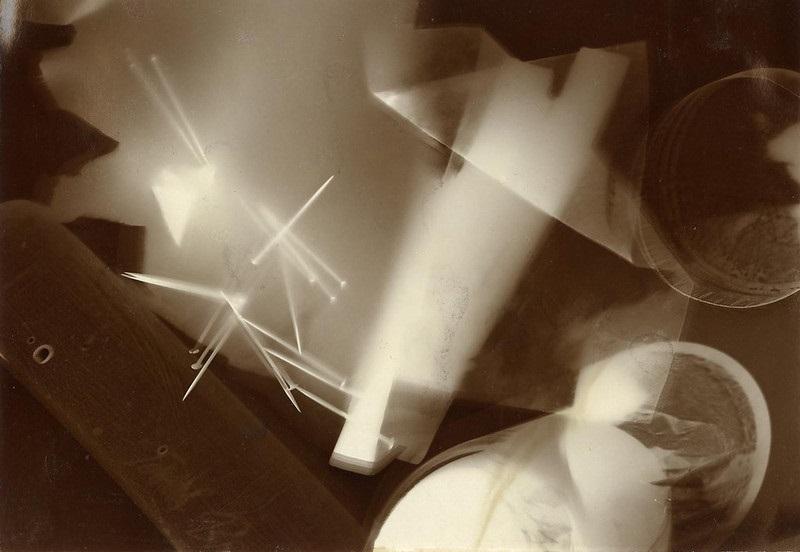 László Moholy-Nagy photogram, Courtesy: cea plus - Flickr