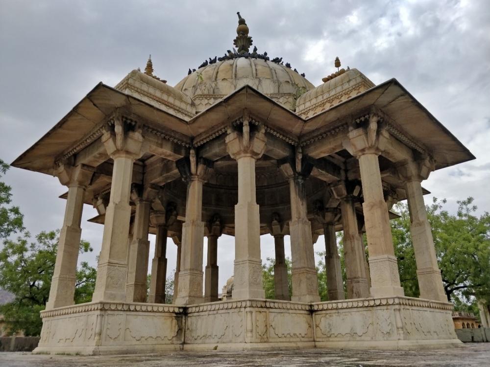 Chhattri of the queen of Sawai Jai Singh II, the first chhattri built in the Maharaniyon ki Chhatriyan, Photo: Chandni Chowdhary