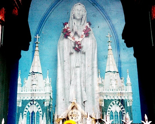 Mother Mary, Bandra, Mount Mary Chapel, Maratha, Portuguese, Mumbai, Christianity
