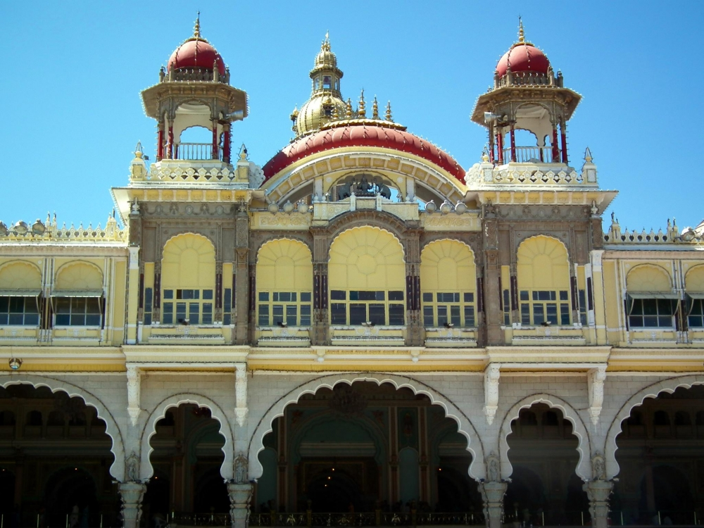Mysore Palace front side, Courtesy: Wikimedia Commons