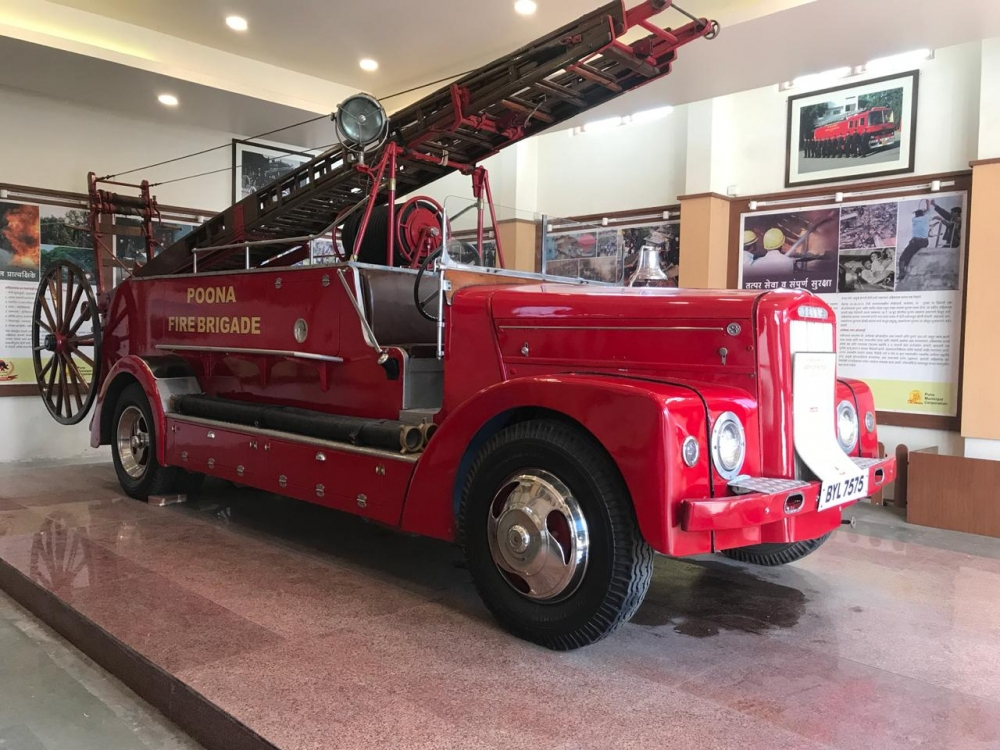 Erandwane Fire Museum, Old Engine, Rolls Royce