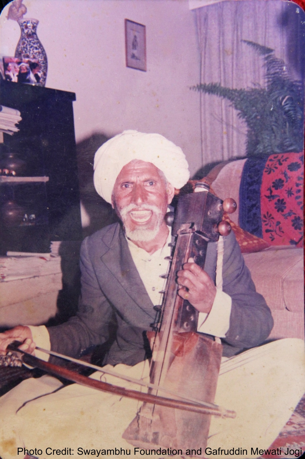 Gafruddin ji's father, Buddha Singh Jogi, playing the sarangi and performing at Sangeet Natak Akademi, New Delhi, in 1986. It was from Buddha Singh ji that Gafruddin ji learnt the 48-hour-long Pandun ka kada. Buddha Singh ji knew 28 different lok gaathas (folktales)