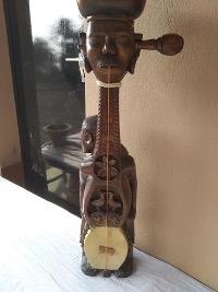 ढोडरोबानाम(बानामकाएकप्रकार):कलाकार-सनातनमुर्मू(फोटोःघोसालडांगाबिष्णुबाटीआदिबासीट्रस्टसंग्रहालय,बीरभूम,प.बंगाल, 17अक्टूबर2019)