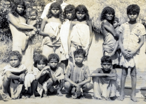 Fig. 1. Paniya people in the eighties. (Courtesy: KIRTADS)