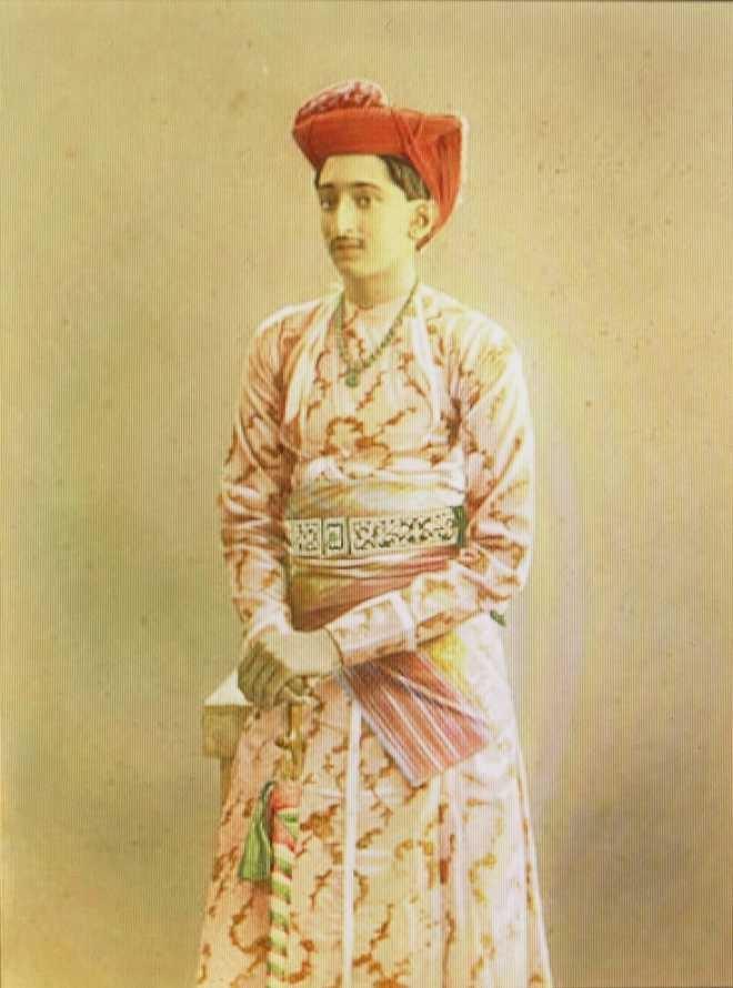 Portrait of Maharaja Yeshwant Rao Holkar II in traditional Marathi style, Courtesy: The Tribune