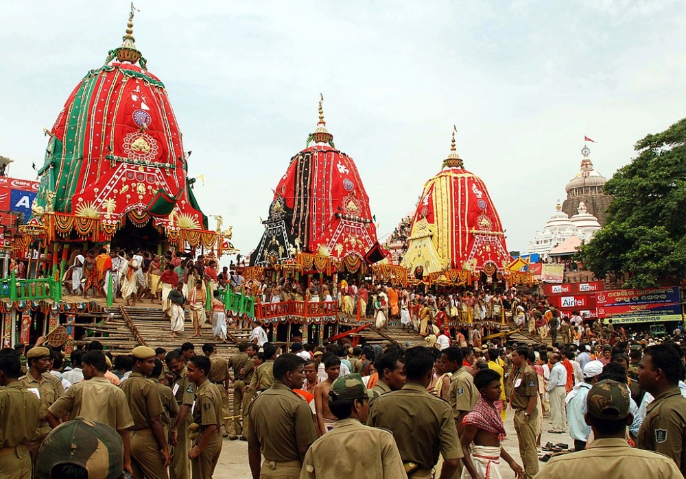 Puri rath yatra, Photo: Krupasindhu Muduli - Wikimedia Commons