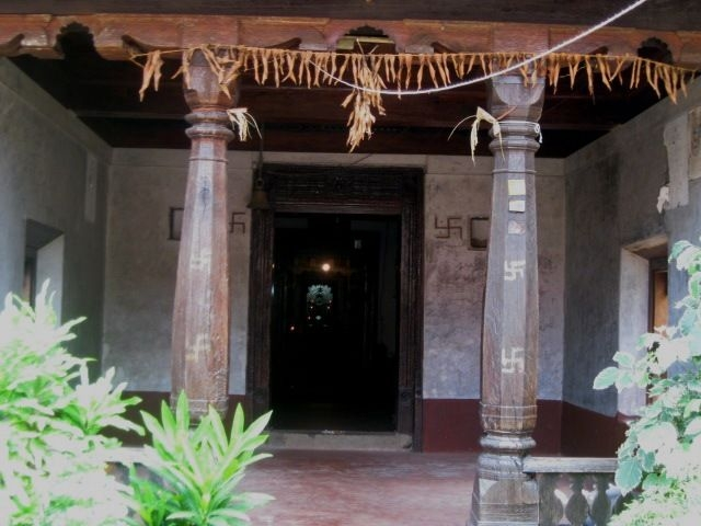 Entrance to the sanctum of Parswanatha basadi. Parswanatha (the 23rd Thirthankara) is the main idol of the temple. There are also sculptures of Kushmandini, Brahma, Saraswati and Padmavati. Photo courtesy: Rajesh Karthy