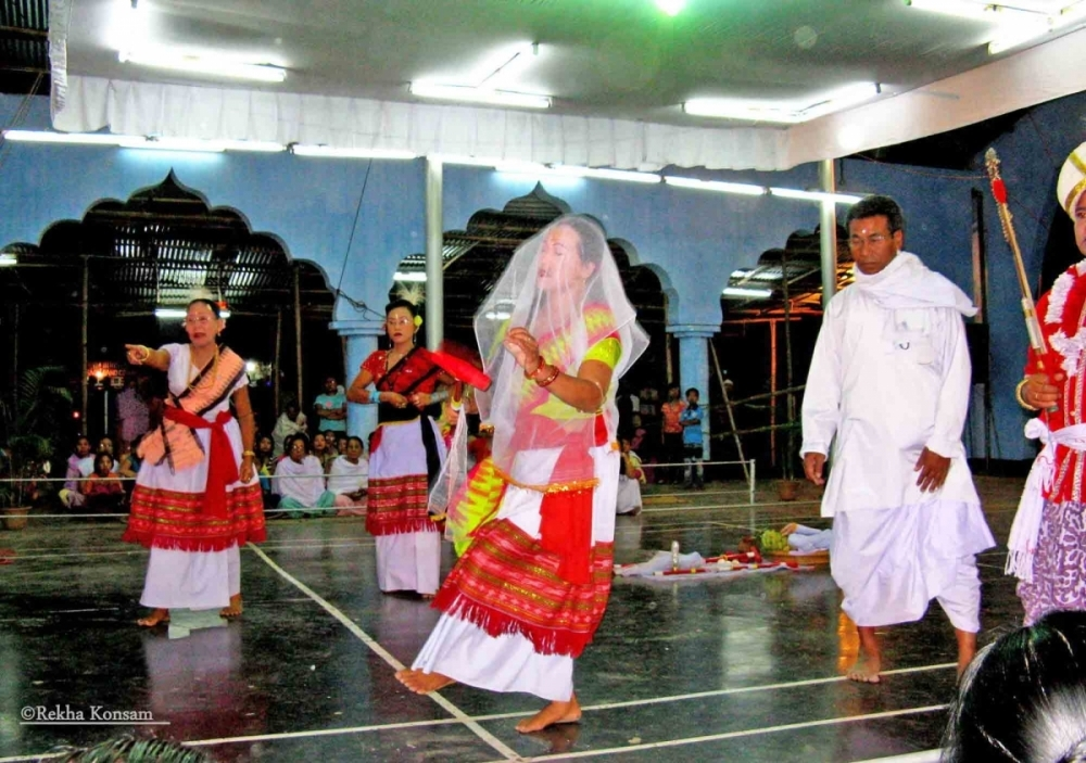 Fig 12.A glimpse of the rite of Kanglei thokpa also known as lai nupi thiba (the 'search for bride') being performed. Shrine of Ibudhou Khamlangba, Sagolband, Imphal, 2009 (Courtesy: ©Rekha Konsam).