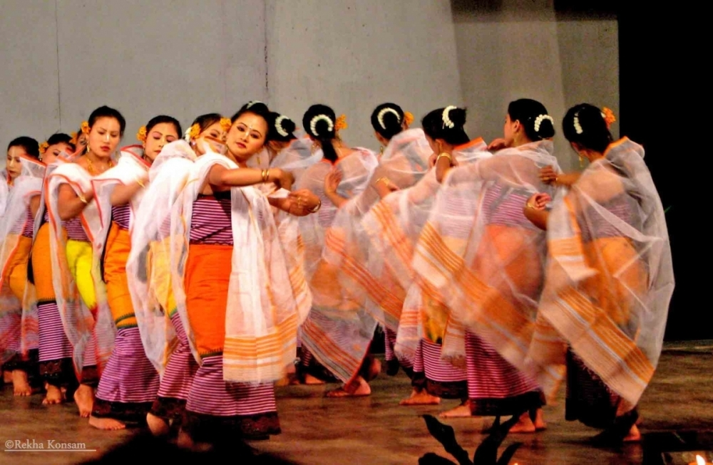 Fig. 14Stage adaptation of the Lai Haraoba dance of the Leimaram tradition performed by the students of the JNMDA. JNMDA, Imphal, 2009 (Courtesy: ©Rekha Konsam).