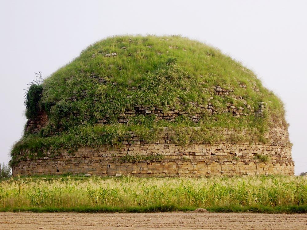 Jataka Tales, Mankiala Stupa in present day Pakistan, Buddhism in Pakistan, Buddhism