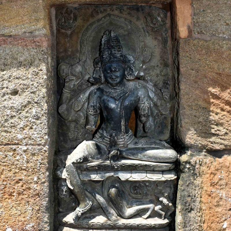Yoginis and Bhairavas | Sahapedia