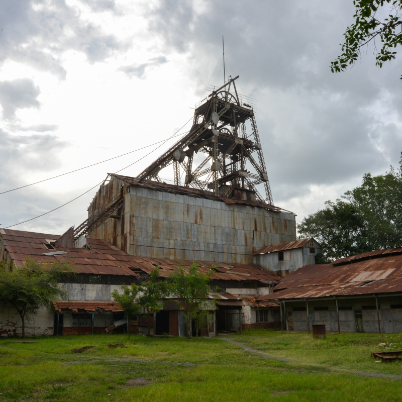 Gifford Shaft was the deepest shaft in KGF and the second deepest in the world with workers having to work at depths of over 3 km. Now, it lies abandoned and the famous equipment is rusting away (Courtesy: PeeVee)