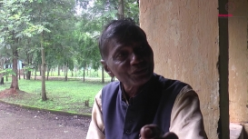 Embedded thumbnail for Mushtak Khan in Conversation with Sonadhar Lohar on Iron Craft